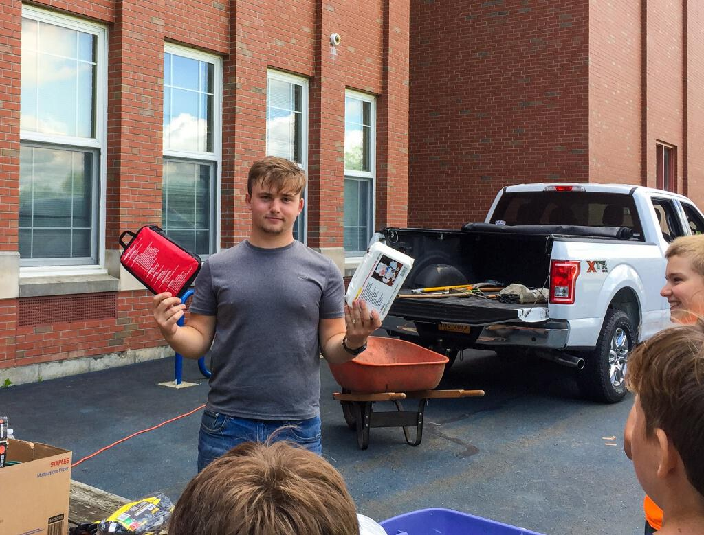 Kyle Scalera '20 Completes Eagle Project
